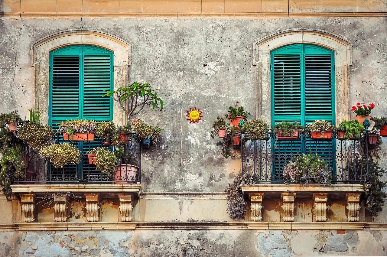 Listwy i parapety okienne